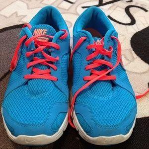 Nike flex experience RN2 shoes